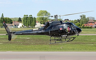 Bild: 17354 Fotograf: Frank Airline: Elitellina Flugzeugtype: Aerospatiale AS-350 B Ecureuil