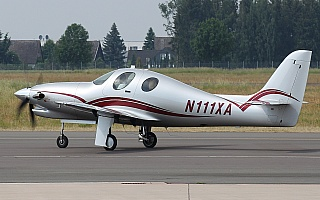 Bild: 17516 Fotograf: Frank Airline: Privat Flugzeugtype: Lancair Evolution