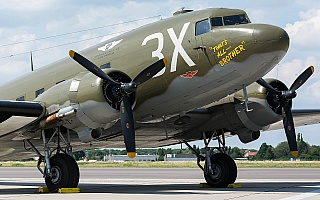 Bild: 18637 Fotograf: Uwe Bethke Airline: Commemorative Air Force Flugzeugtype: Douglas Aircraft Company C-47A