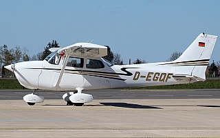 Bild: 21108 Fotograf: Frank Airline: Privat Flugzeugtype: Reims Aviation Reims-Cessna F172N Skyhawk